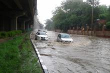 Massive Rains Cause Huge Traffic in Delhi