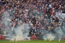 Croatia-Czech Republic Match Halted by Flares