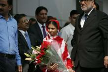 Geeta Wants to Travel to Search Her Parents