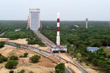 Pranab, Modi, Union Ministers Greet ISRO on Historical Launch