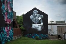 In Louisville, Fans Mourn the 'Prophet' Muhammad Ali