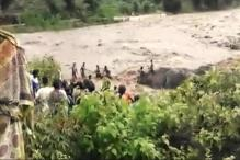 Watch Dramatic Rescue of 5 Kids Drowning in an Overflowing River in Odisha