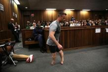 Oscar Pistorius Walks on Stumps in Court in Bid to Avoid Jail