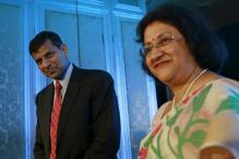 SBI Chief Arundhati Frontrunner To Replace Rajan as RBI Governor