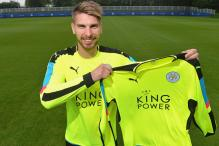 Leicester City Sign Goalkeeper Ron-Robert Zieler from Hannover 96