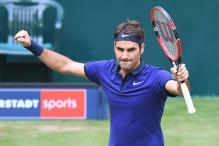 Federer Starts Pursuit of Ninth Halle Title, Nishikori Out