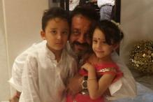 Sanjay Dutt Shares Adorable Picture With His Kids Ahead Of Father's Day