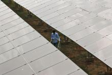 Govt Working to Double Generation Target From Solar Parks