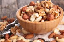 Daily Dose of Handful of Nuts Cuts Risk of Heart Disease, Cancer