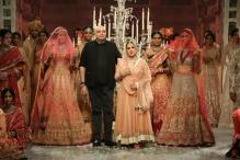 Tarun Tahiliani's Elegant Collection, Anita Dongre's Vintage Style Stand Out on Day 2
