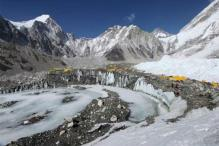 Nine Killed in Avalanche in Tibet; Rescue Operation Begins