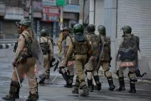 Curfew Continues in Five Districts of Kashmir
