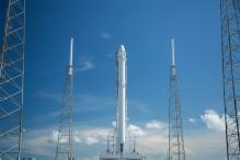 SpaceX to Launch 'Parking Spot' for Space Taxis