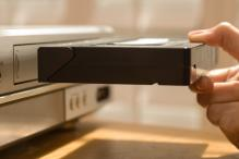 Last Remaining Japanese Manufactuer to End VCR Production