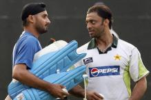 Shoaib Akhtar Laughs Off Harbhajan Singh's 'Beaten Up' Claims