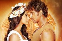 Mohanjo Daro: Hrithik Roshan, Pooja Hedge Characters Look Deep In Love