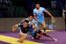 Dabang Delhi Begin Home Leg by Crushing Bengal Warriors in Pro Kabaddi