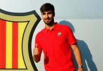 Barcelona Capture Portugal's Andre Gomes From Valencia