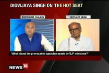 Watch Cong Leader Digvijay Singh Clear the Air Surrounding His Meeting With Islamic Preacher Zakir Naik