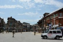 Restrictions Continue in Srinagar, Four Districts in Kashmir