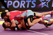 U Mumba Beat Jaipur Pink Panthers 29-23 in Pro Kabaddi