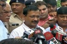 Kejriwal Meets Families of Dalits Thrashed for Skinning Dead Cow