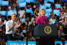 Obama Hits Campaign Trail, Says Ready to 'Pass Baton' to Hillary Clinton