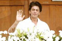 Shah Rukh Khan's Detention at US Airport Takes Twitter by Storm