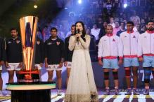 Complaint Lodged Against Sunny Leone for Singing National Anthem Incorrectly