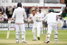 1st Test: Yasir Shah's Five-Wicket Haul Leaves England at 253/7 on Day 2