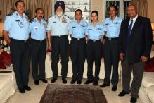 Air Force Marshall Arjan Singh Felicitates Newly-Commissioned Women Pilots