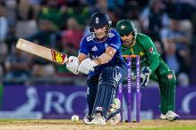 England Beat Pakistan in Rain-Hit 1st ODI