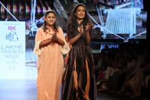 Lakme Fashion Week 2016: Sarah Jane Dias Turns Showstopper For Aagor Weaves