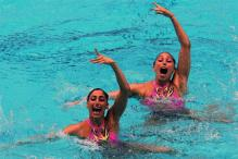 These Mexican Swimmers Did Some Flawless Synchronized Swimming to an Akshay Kumar Song