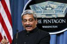 US Defence Secretary calls Parrikar, Vows to Build Upon Defence Cooperation