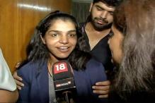Rio Hero Sakshi Malik Returns to Rousing Reception