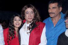 Red Lipstick, Bindi, Long Tresses: Shakti Kapoor's Strange Look is Out
