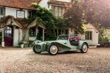Caterham Seven Sprint Unveiled to Mark 60 Years of the Model