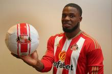 Sunderland Sign former Everton Striker Victor Anichebe