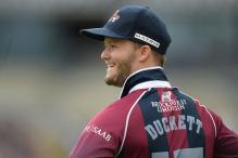 England Call-Up Duckett Wins Young Player Award