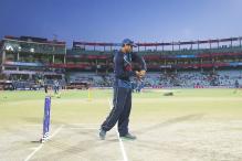 1st T20I: 'Dilscoop' Inventor Tillakaratne Dilshan Gets Set for Parting Shot
