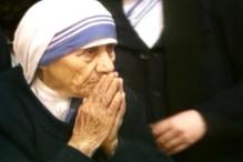 Followers Pay Tribute to St. Teresa On Her 19th Death Anniversary
