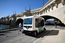 First Test of Driverless Minibus in Paris