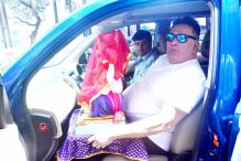 Watch: Rishi Kapoor And Randhir Kapoor Slap Journalist During Visarjan