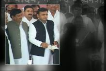 No End to Akhilesh-Shivpal Feud, Party Trying To Restore Order