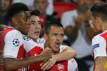 Alexis Sanchez Rescues Arsenal After PSG Score in 44 Seconds