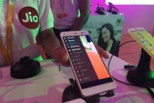 Reliance Jio Bags 16 Million Subscribers in 26 days
