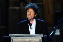 Bob Dylan Performs in Las Vegas, Makes No Mention of Nobel Prize
