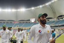 Darren Bravo's Heroics in Vain as Pakistan Win Day-Night Test