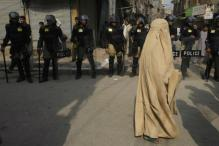 Attack on Bus Carrying Shiites in Pakistan Kills 4 Women